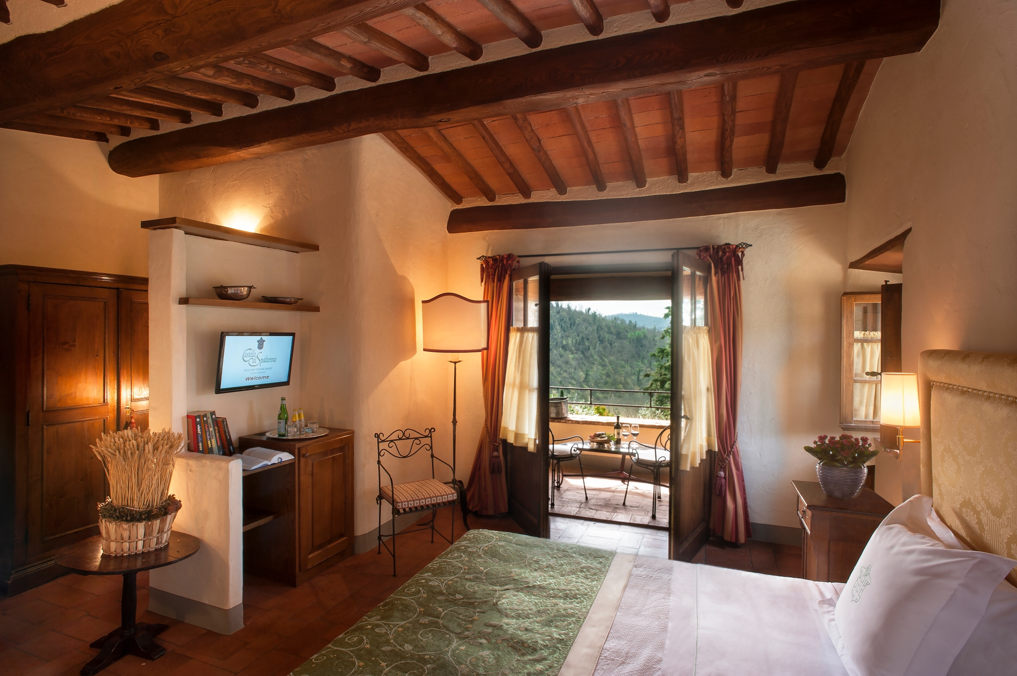 CastellodiSpaltenna Terrace Suite