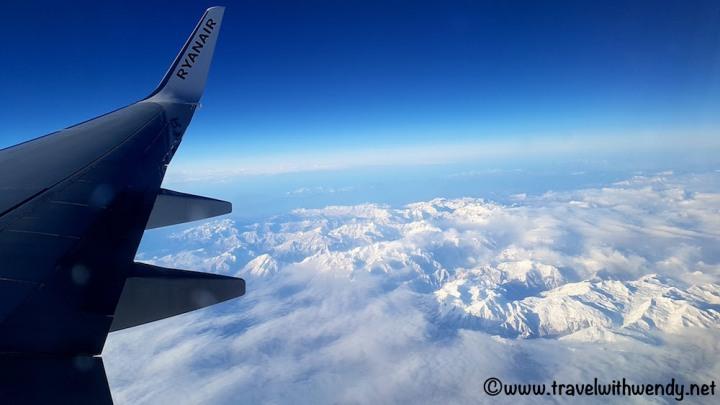 Ryan Air wings over Greece