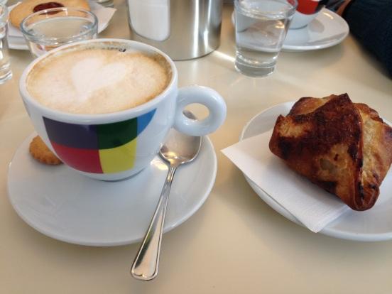 Cappuccino & Brioche